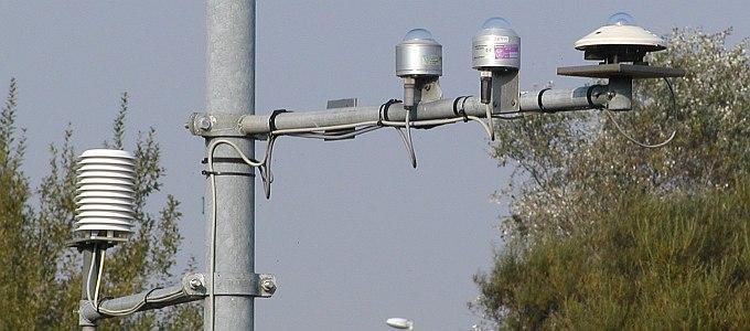Bilder zur Wetterstation am FTZ